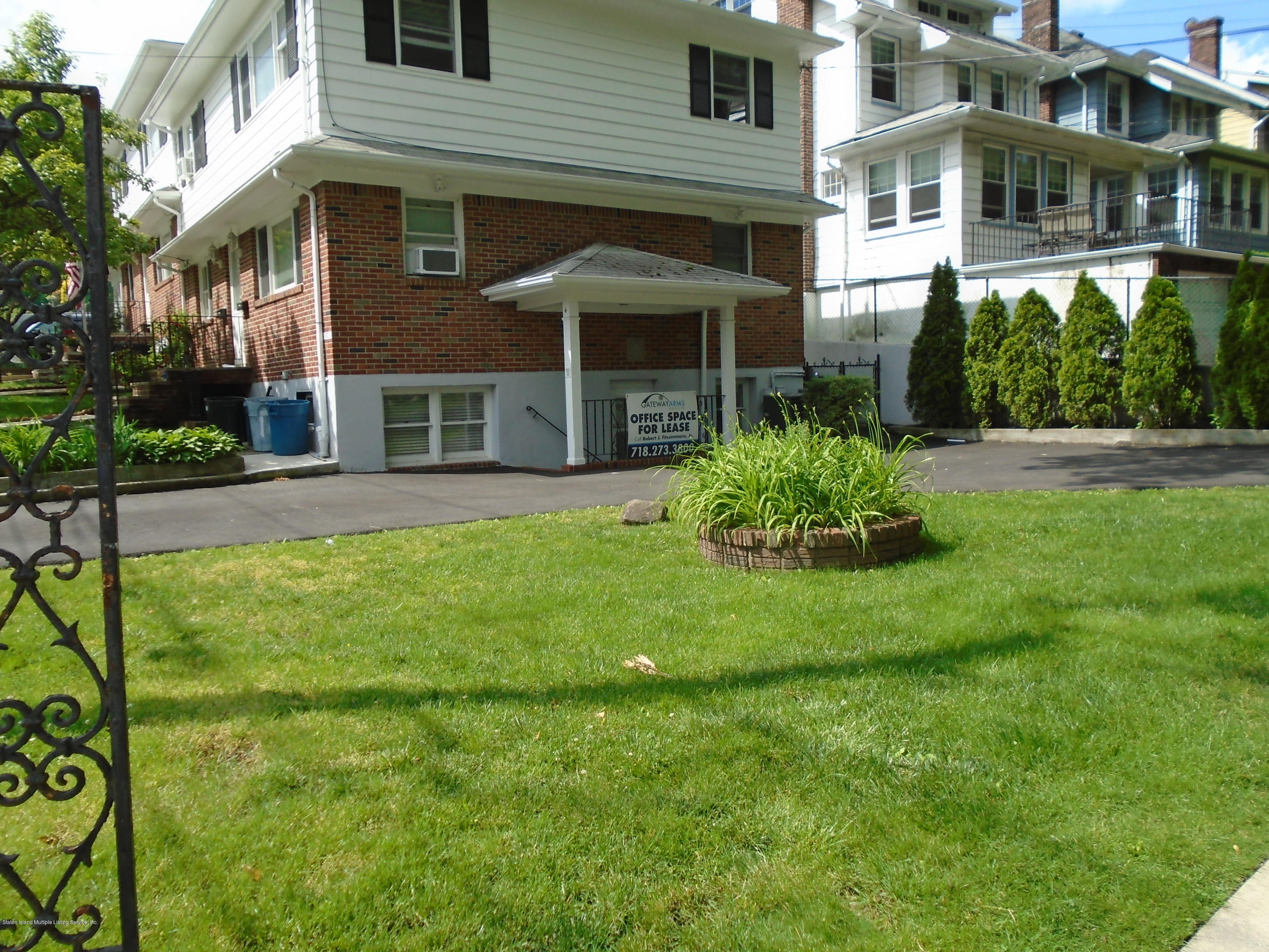 Non-Conforming 4 University Place  Staten Island, NY 10301, MLS-1129678-2