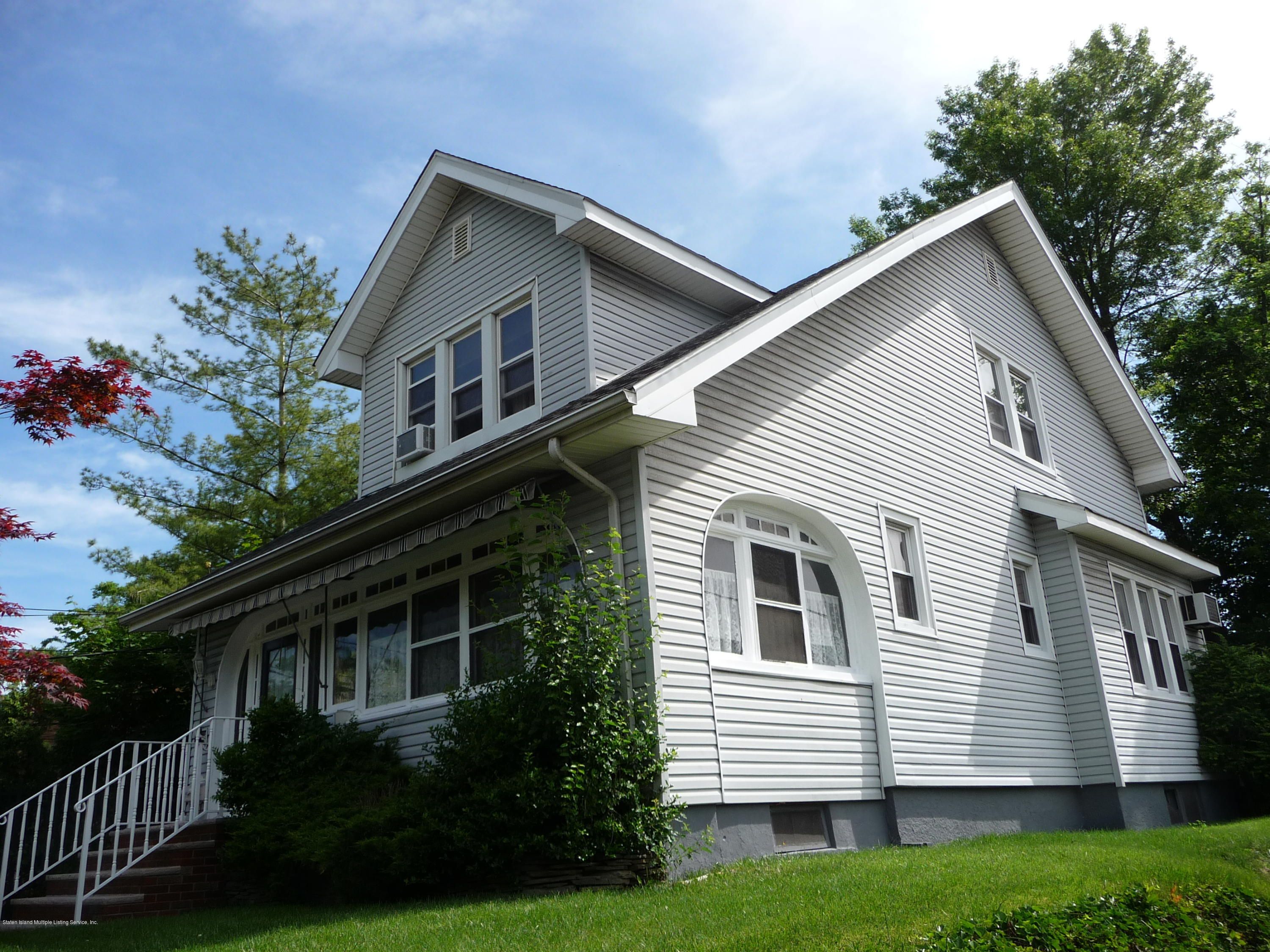 Single Family - Detached 77 Todt Hill Road  Staten Island, NY 10314, MLS-1129718-4