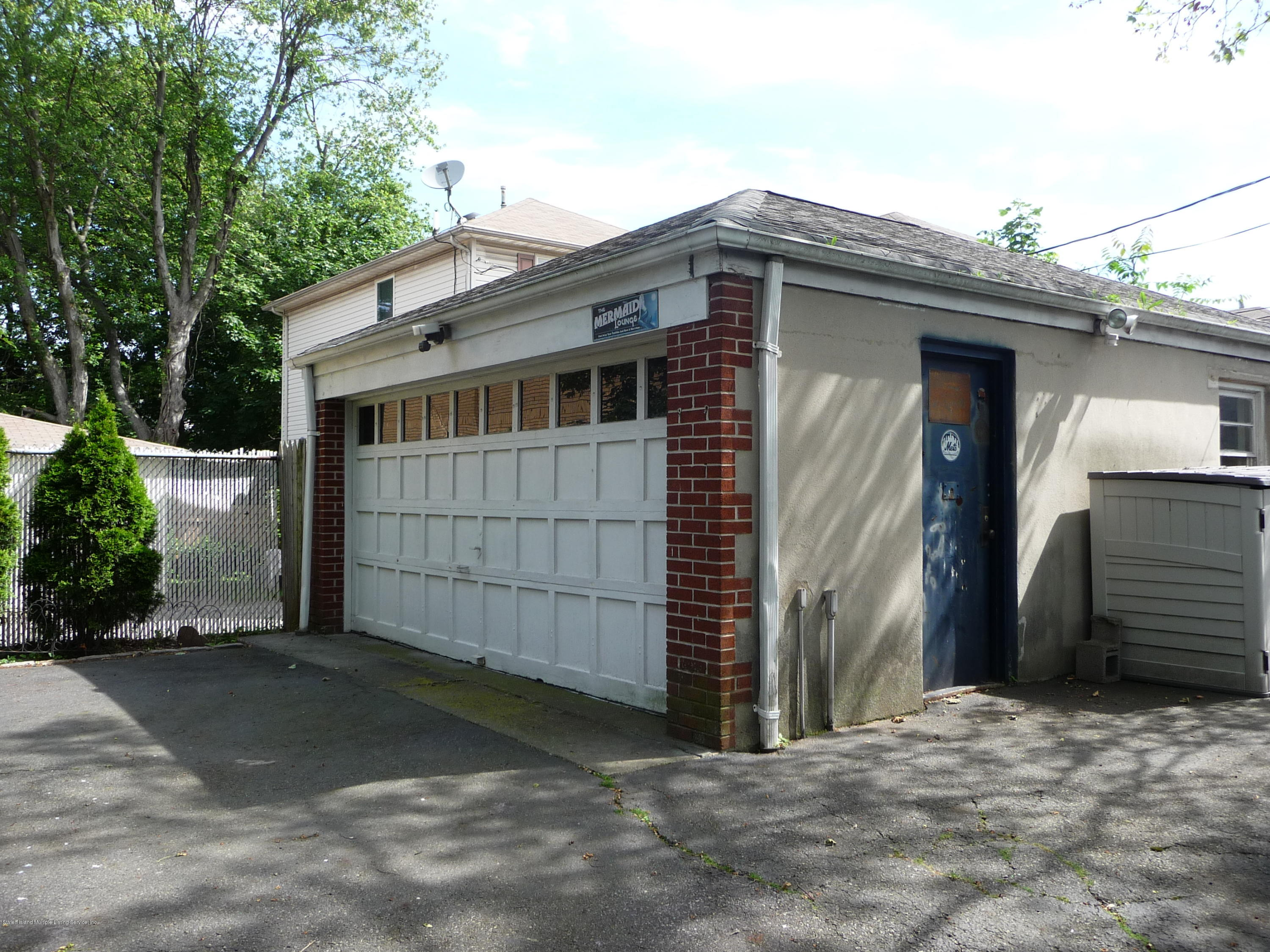 Single Family - Detached 77 Todt Hill Road  Staten Island, NY 10314, MLS-1129718-58