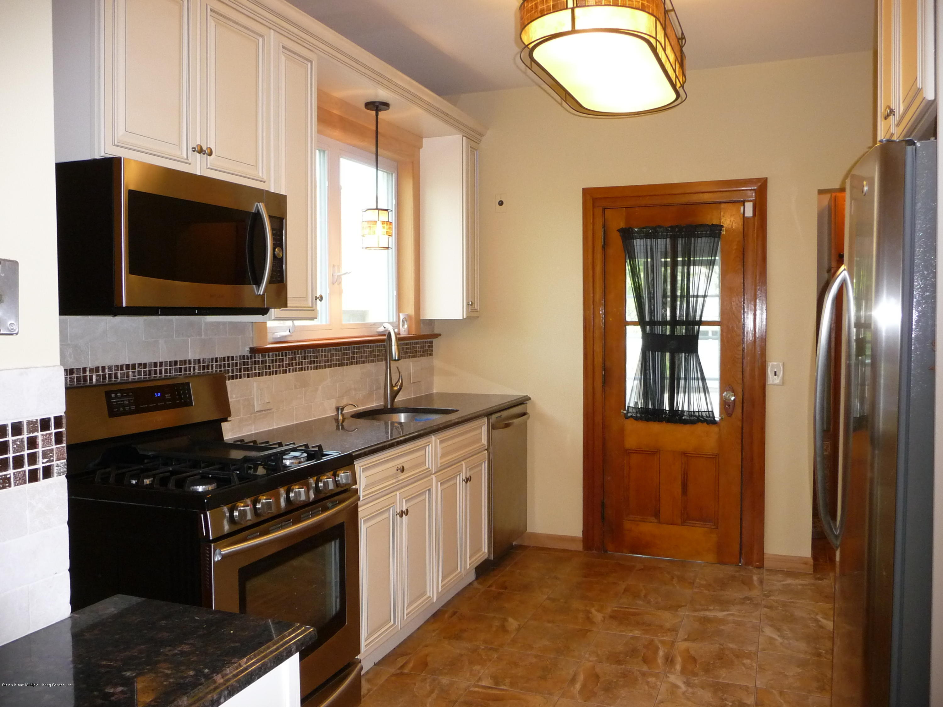 Single Family - Detached 77 Todt Hill Road  Staten Island, NY 10314, MLS-1129718-15