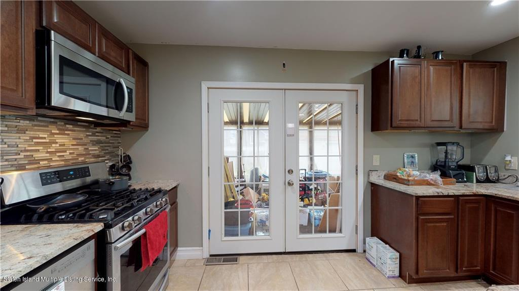 Single Family - Detached 35 Palmer Avenue  Staten Island, NY 10302, MLS-1129748-17