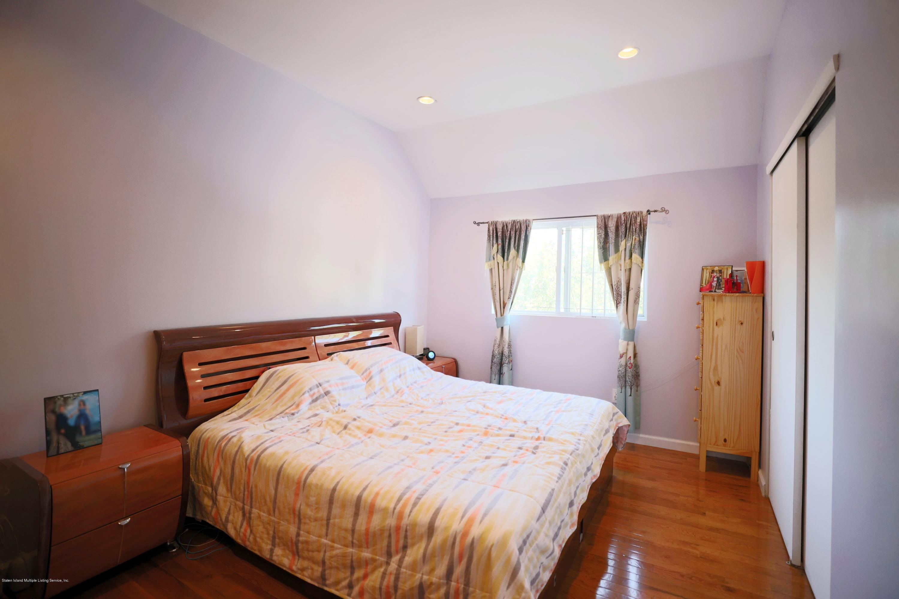 Single Family - Attached 16 Country Lane  Staten Island, NY 10312, MLS-1129780-4