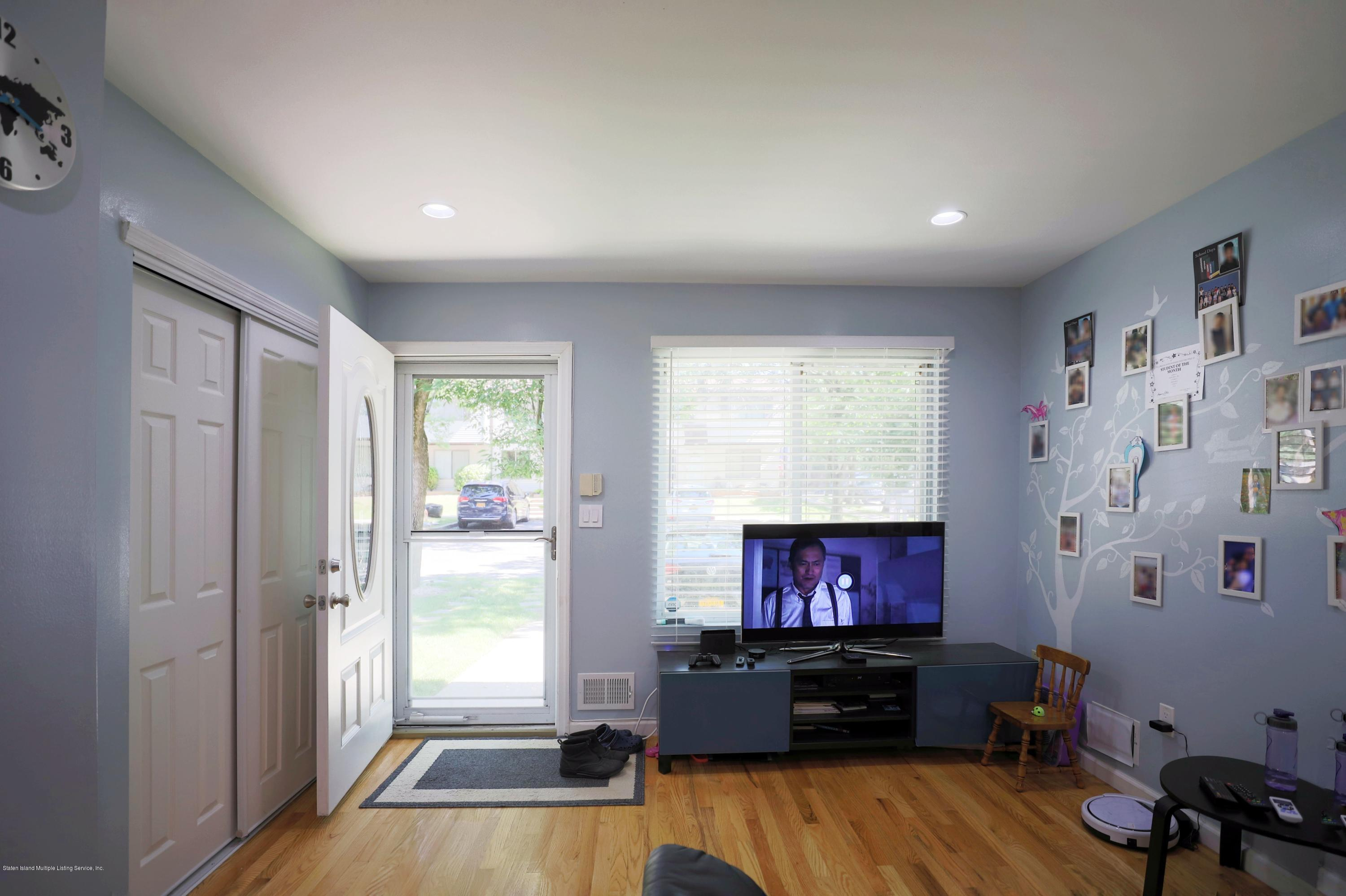 Single Family - Attached 16 Country Lane  Staten Island, NY 10312, MLS-1129780-11