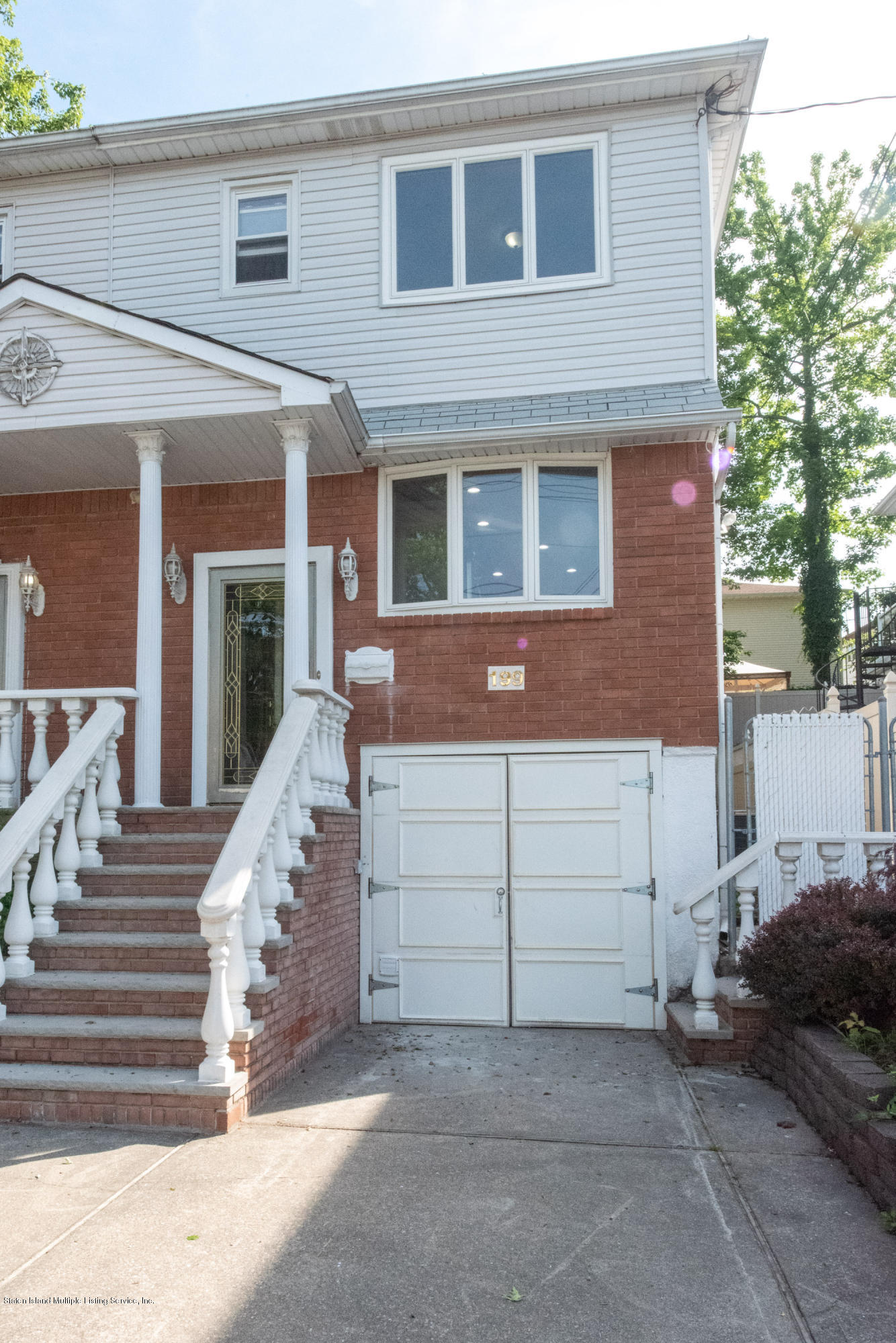 Single Family - Semi-Attached 199 Bay Terrace  Staten Island, NY 10308, MLS-1129755-2