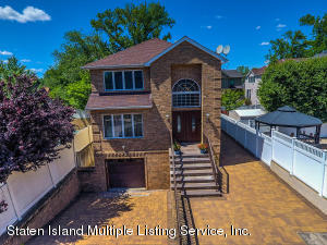 140 Giegerich Avenue, Staten Island, NY 10307
