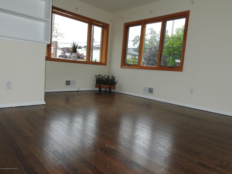 Single Family - Semi-Attached 240 Boundary Avenue  Staten Island, NY 10306, MLS-1124893-2