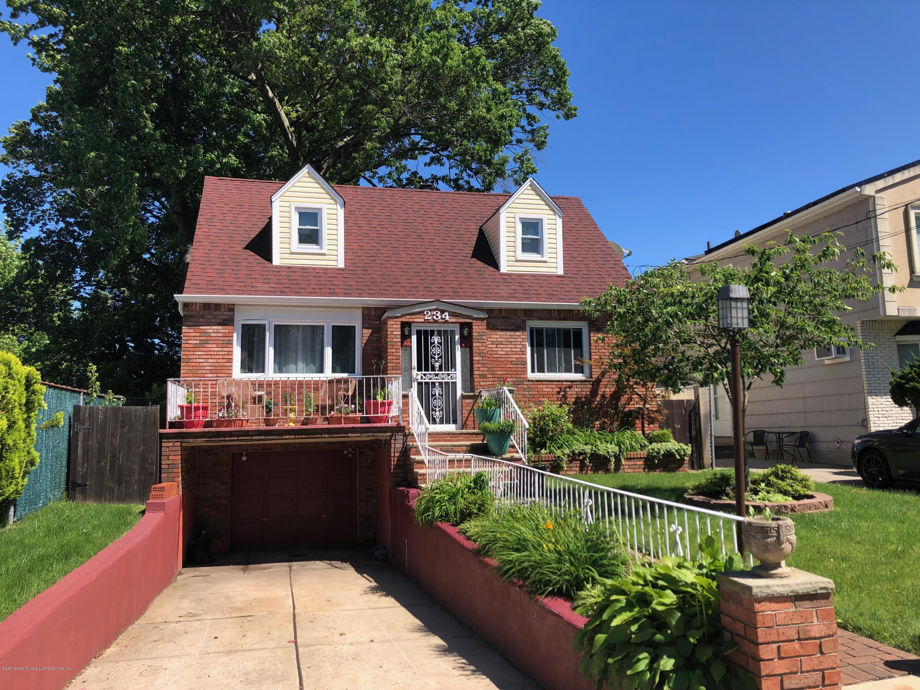 Single Family - Detached in Annadale - 234 Rathbun Avenue  Staten Island, NY 10312
