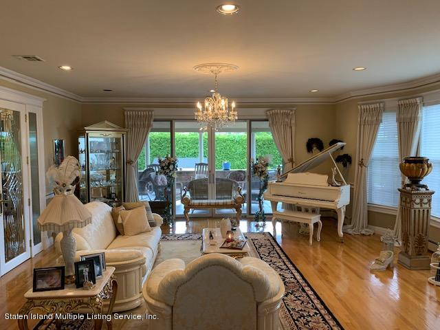 Single Family - Detached 5 Nicolosi Drive  Staten Island, NY 10312, MLS-1129854-6