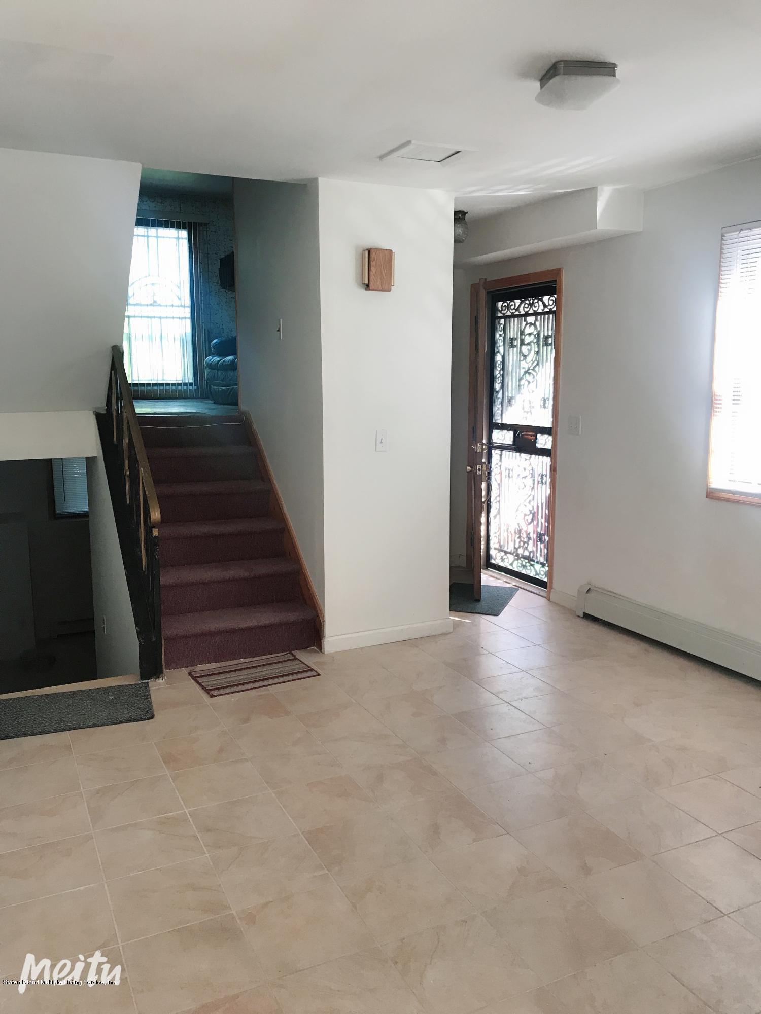 Single Family - Semi-Attached 129 Moreland Street  Staten Island, NY 10306, MLS-1129862-4