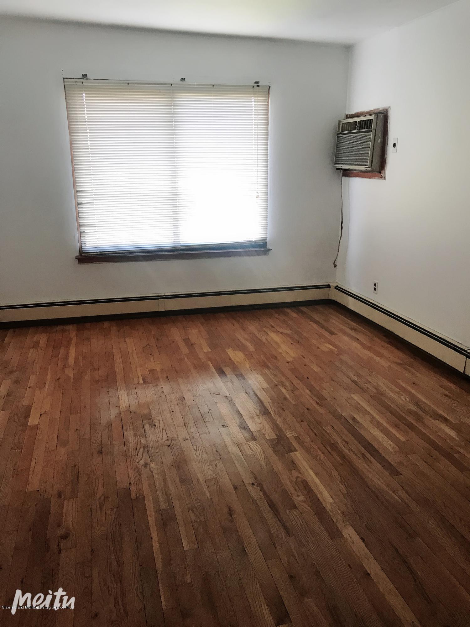 Single Family - Semi-Attached 129 Moreland Street  Staten Island, NY 10306, MLS-1129862-6