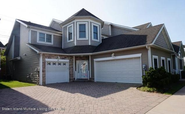Single Family - Attached in Charleston - 61 Topside Lane  Staten Island, NY 10309