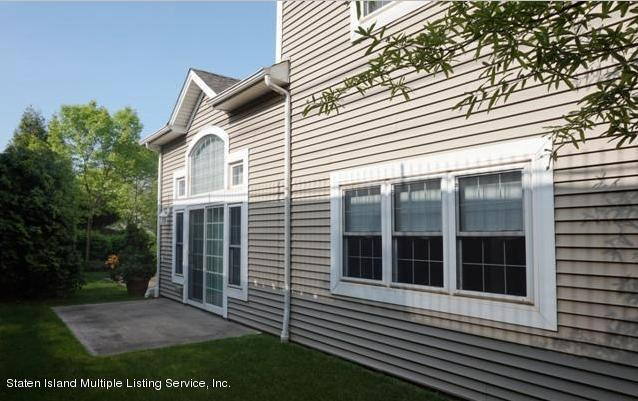 Single Family - Attached 61 Topside Lane  Staten Island, NY 10309, MLS-1129867-24