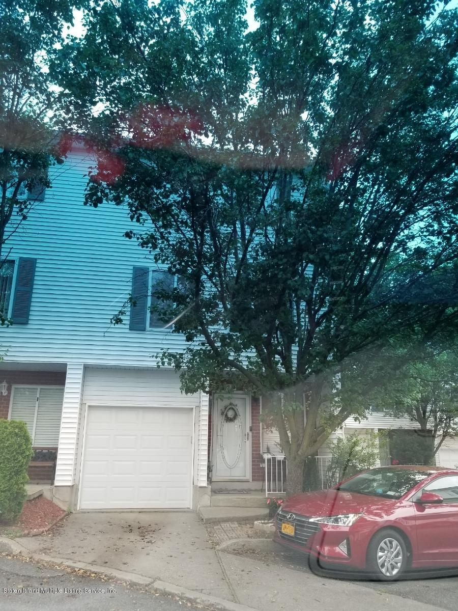 Single Family - Attached in Annadale - 93 Jamie Lane  Staten Island, NY 10312