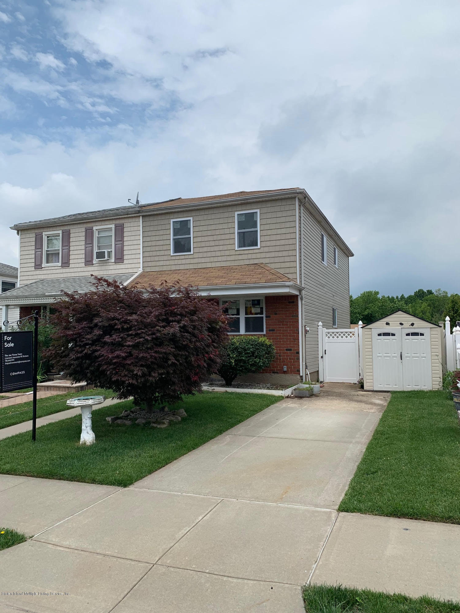 Single Family - Semi-Attached in Annadale - 33 Ibsen Avenue  Staten Island, NY 10312