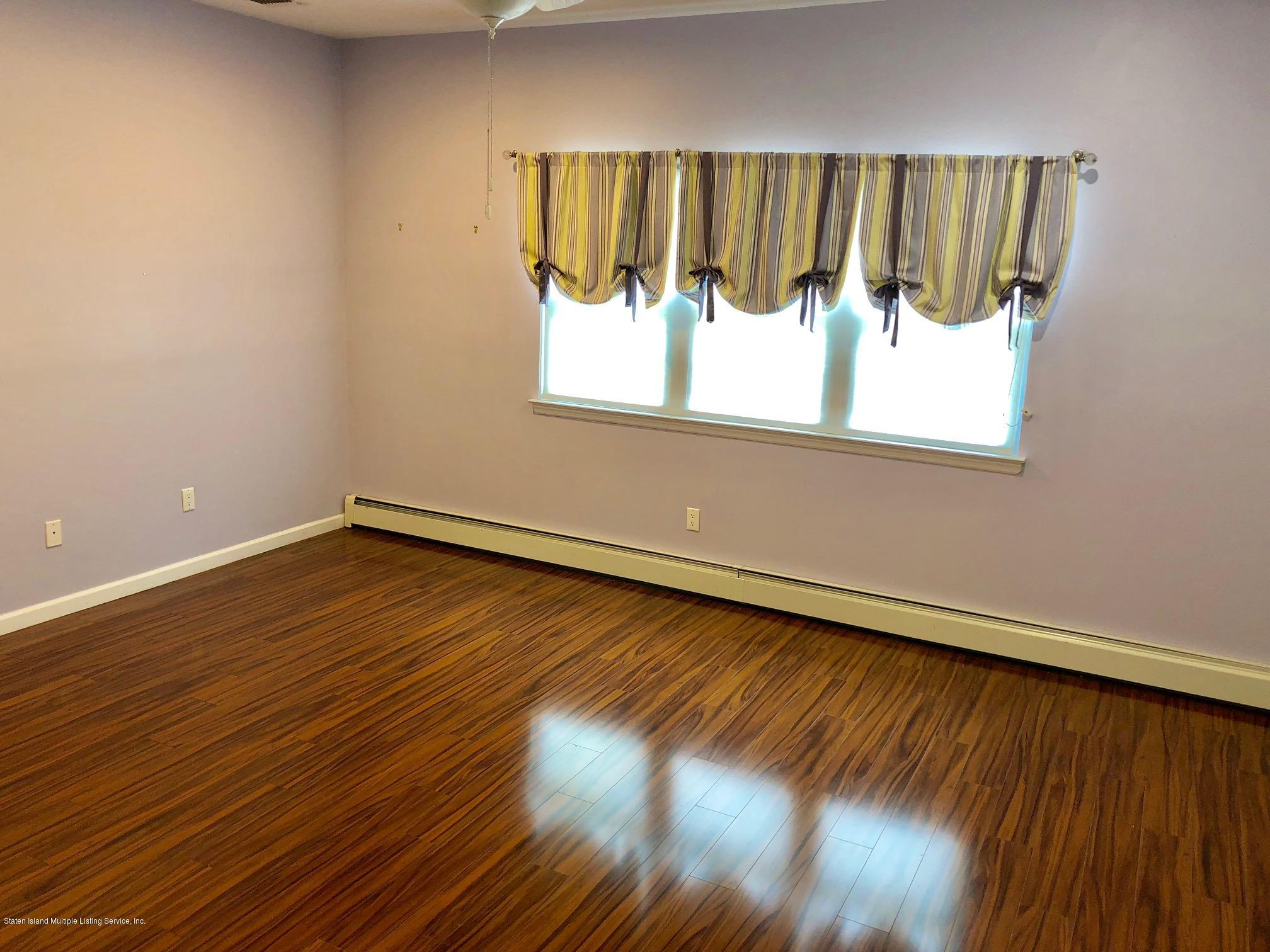Single Family - Attached 61 Topside Lane  Staten Island, NY 10309, MLS-1129867-3