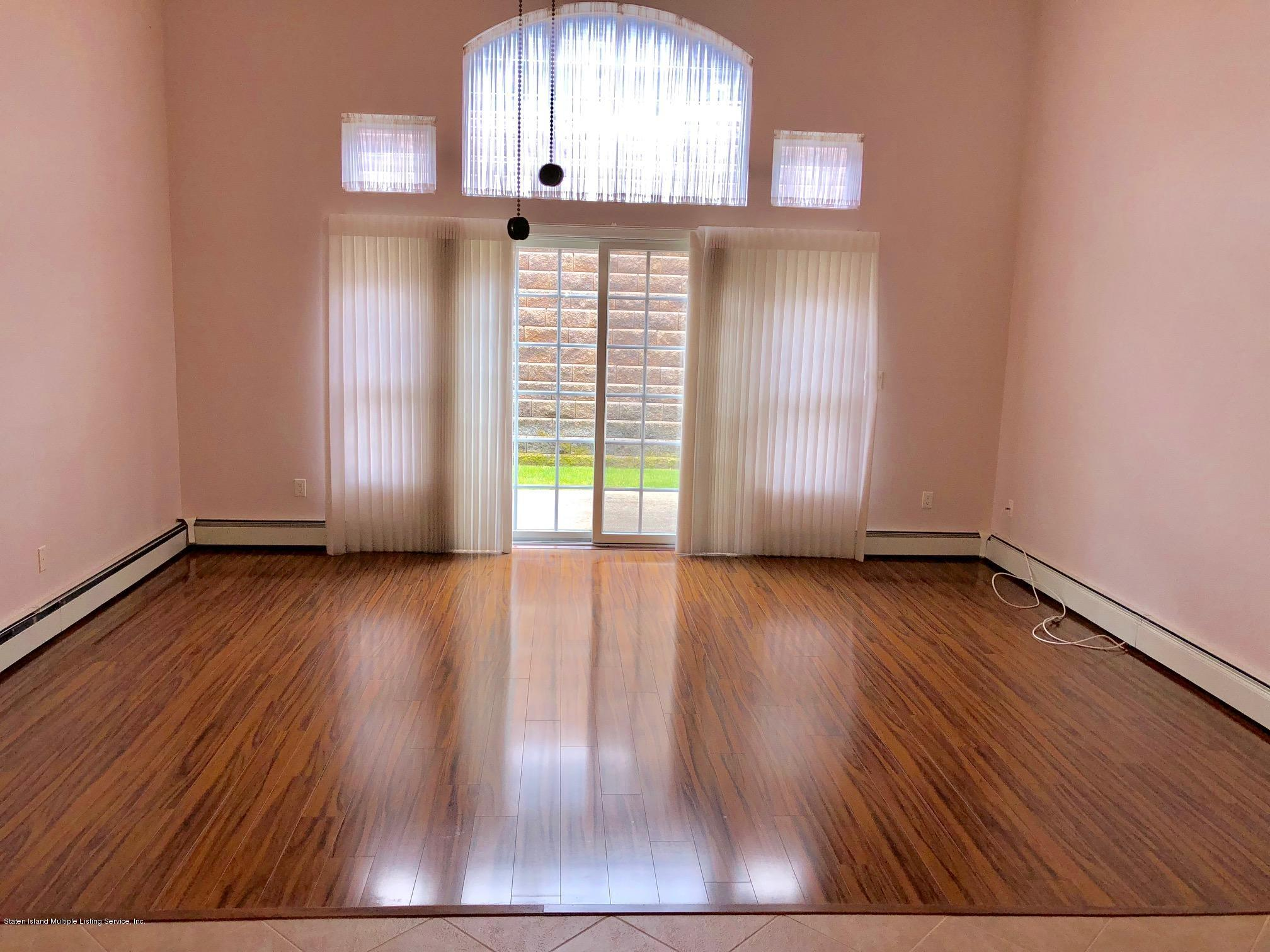 Single Family - Attached 61 Topside Lane  Staten Island, NY 10309, MLS-1129867-6