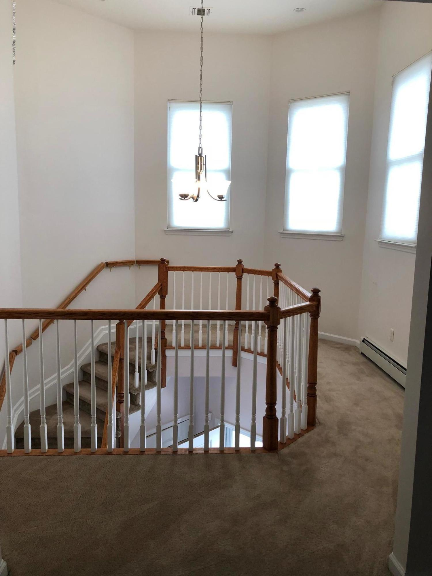 Single Family - Attached 61 Topside Lane  Staten Island, NY 10309, MLS-1129867-17
