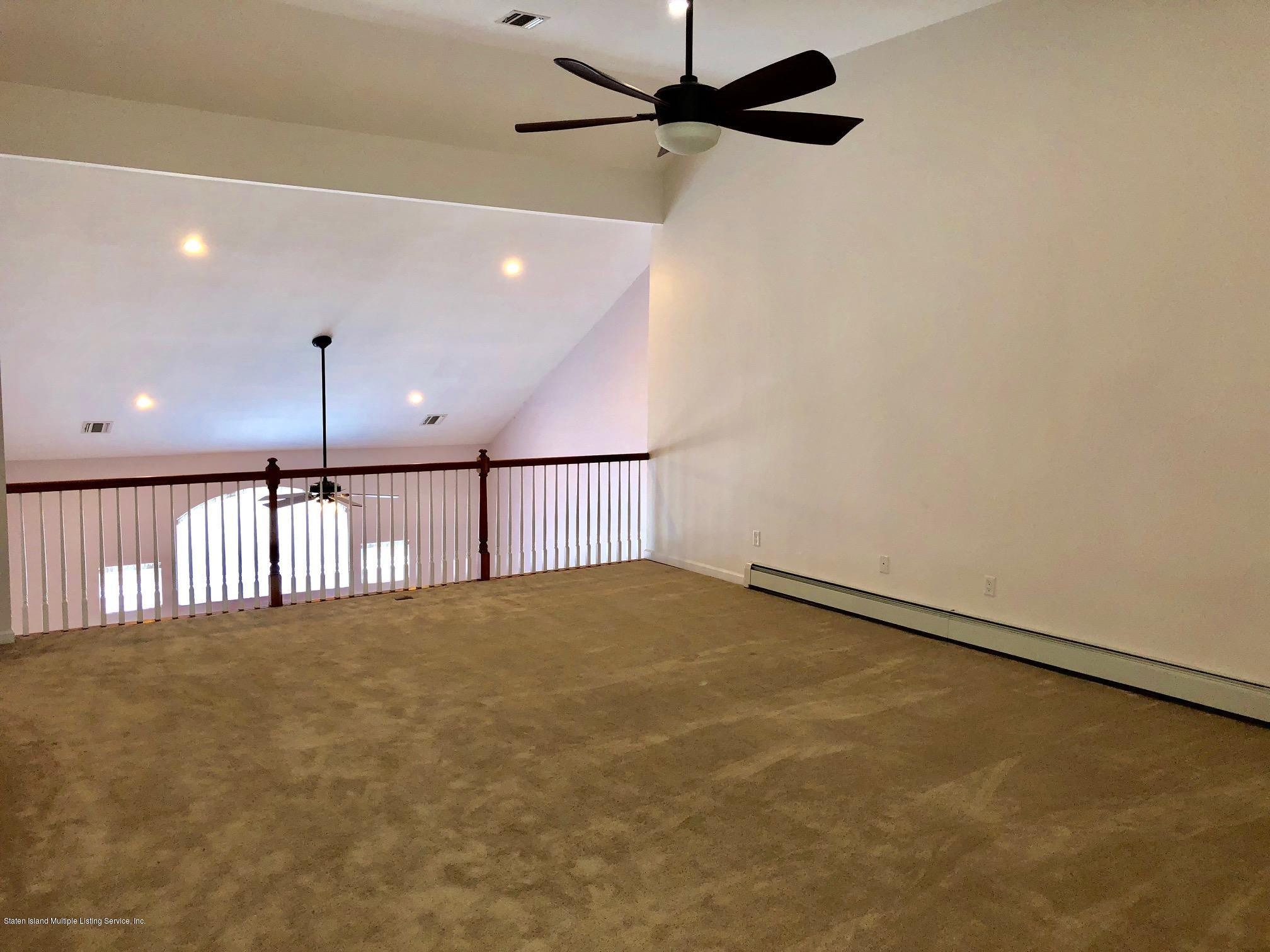 Single Family - Attached 61 Topside Lane  Staten Island, NY 10309, MLS-1129867-18