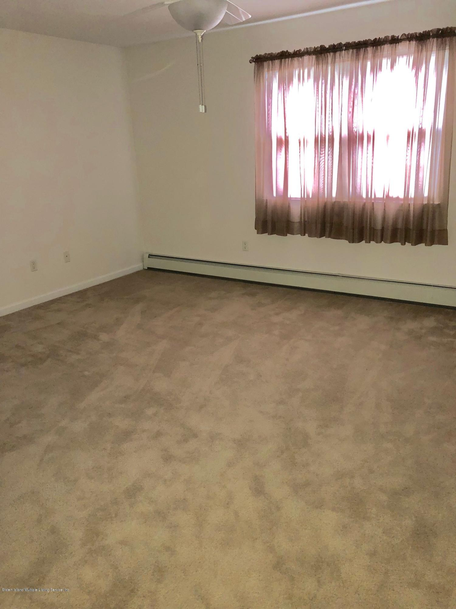 Single Family - Attached 61 Topside Lane  Staten Island, NY 10309, MLS-1129867-23