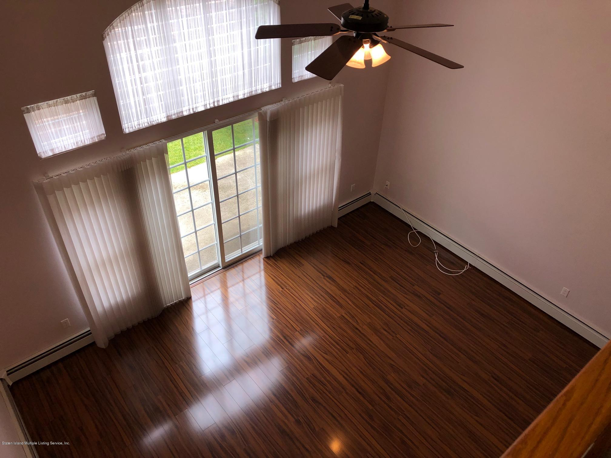Single Family - Attached 61 Topside Lane  Staten Island, NY 10309, MLS-1129867-19