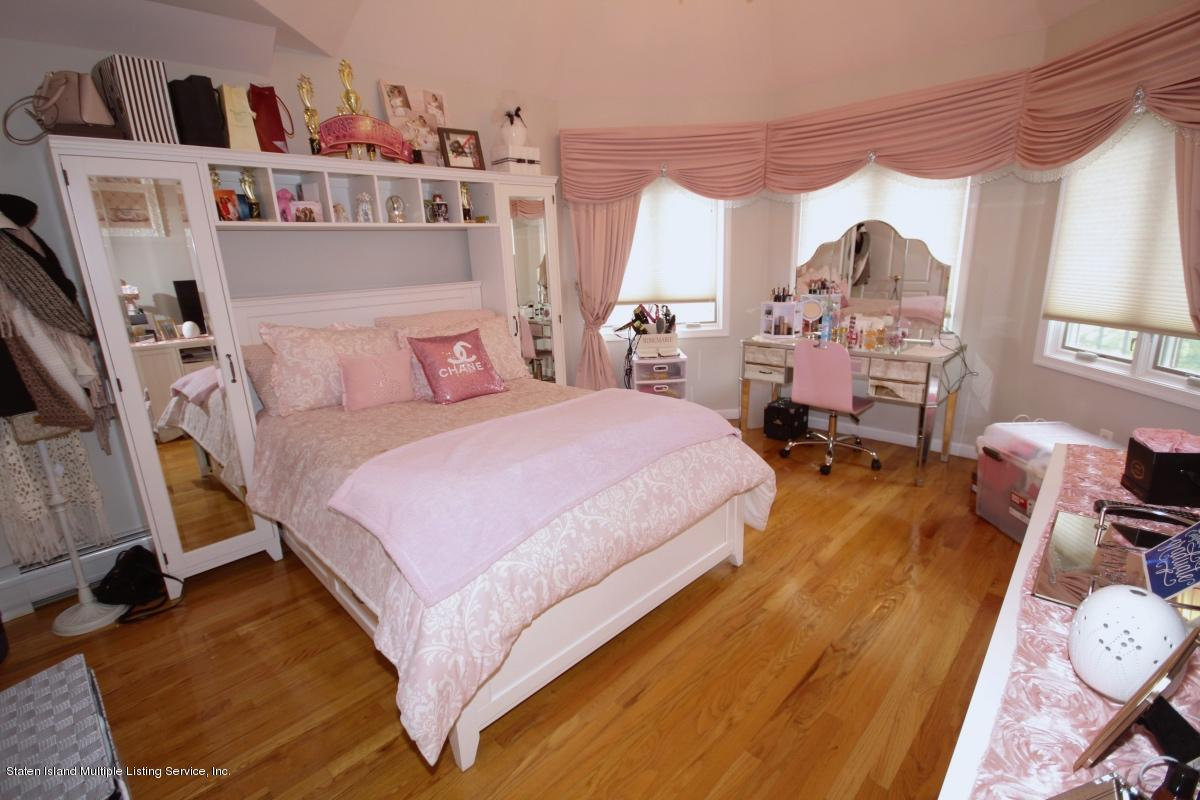Single Family - Detached 23 Joline Lane  Staten Island, NY 10307, MLS-1128124-16