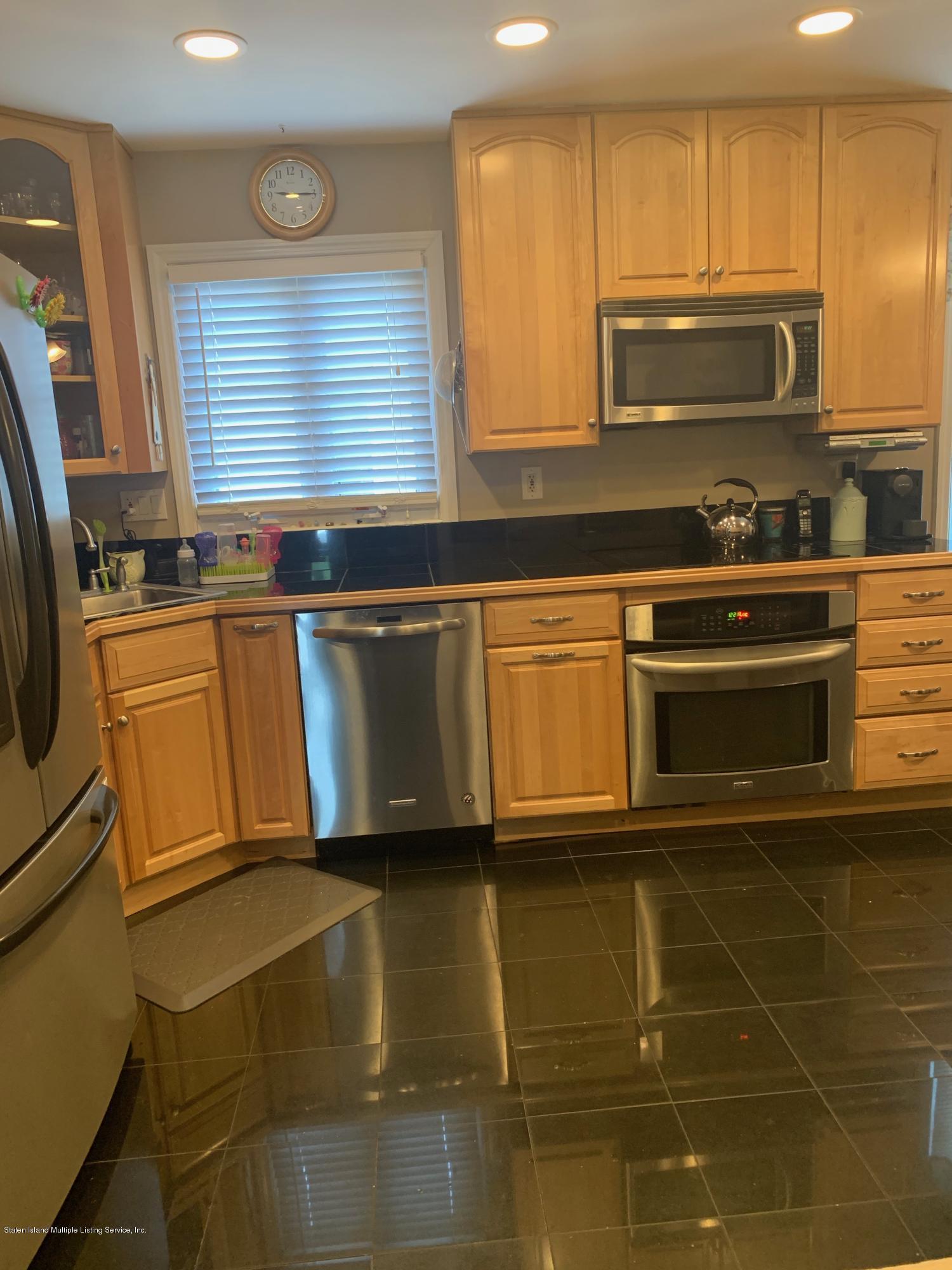 Single Family - Detached 104 Auburn Avenue  Staten Island, NY 10314, MLS-1130226-5