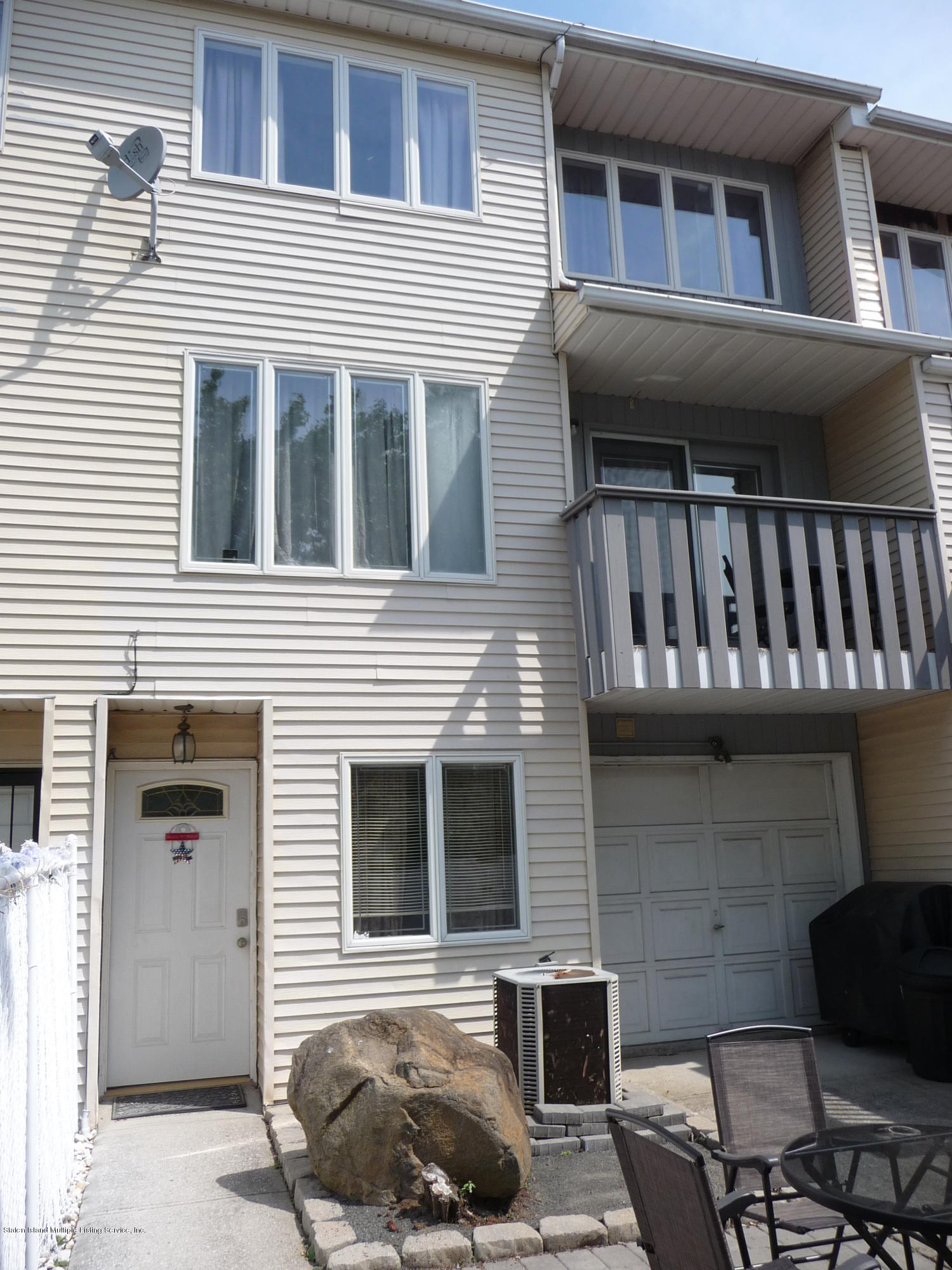 Single Family - Attached in Arden Heights - 9 Berry Avenue  Staten Island, NY 10312