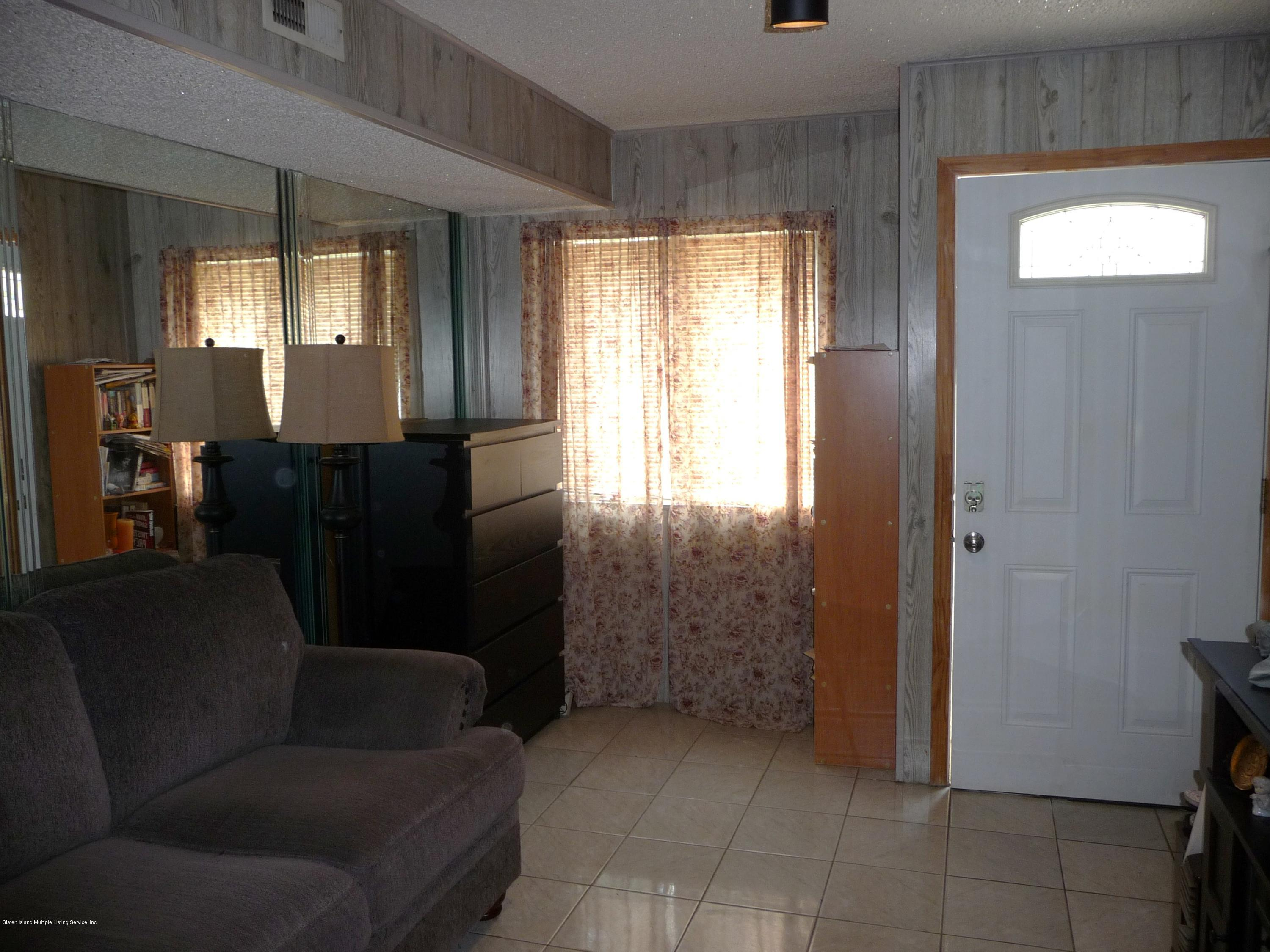 Single Family - Attached 9 Berry Avenue  Staten Island, NY 10312, MLS-1130296-3
