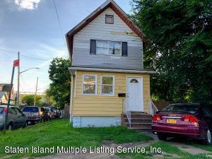 330 Harbor Road, Staten Island, NY 10301