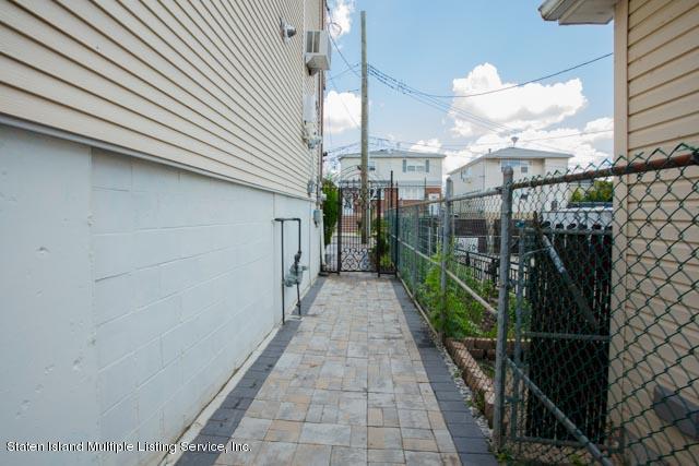 Single Family - Semi-Attached 300 Adams Avenue  Staten Island, NY 10306, MLS-1130401-6