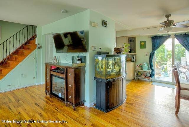 Single Family - Semi-Attached 300 Adams Avenue  Staten Island, NY 10306, MLS-1130401-19