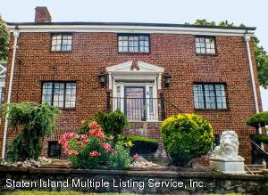 2 St Marks Place, Staten Island, NY 10301