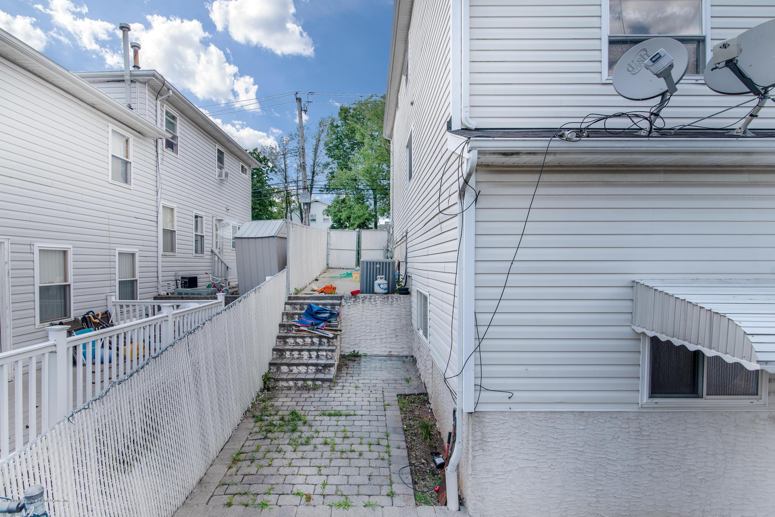 Single Family - Semi-Attached 230 Holden Boulevard  Staten Island, NY 10314, MLS-1130208-20