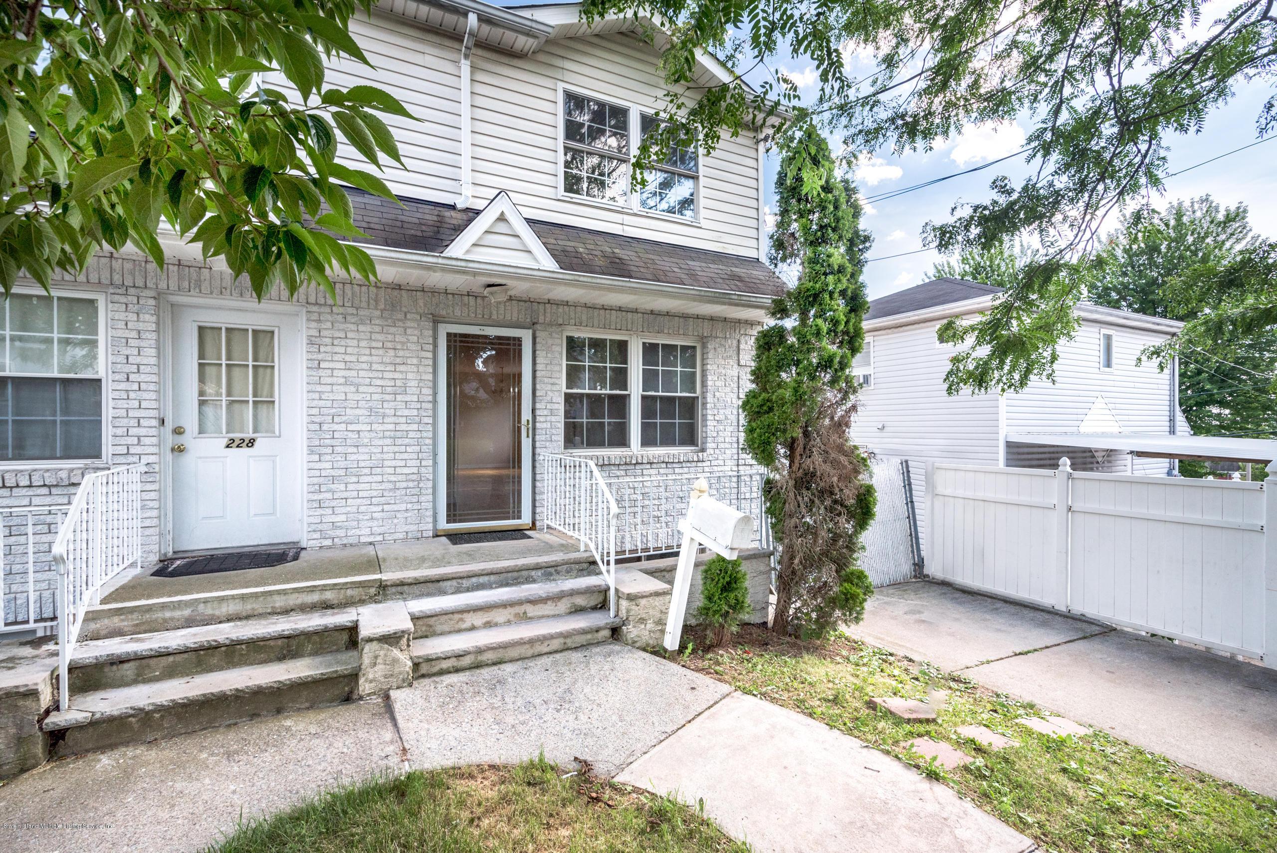 Single Family - Semi-Attached 230 Holden Boulevard  Staten Island, NY 10314, MLS-1130208-22