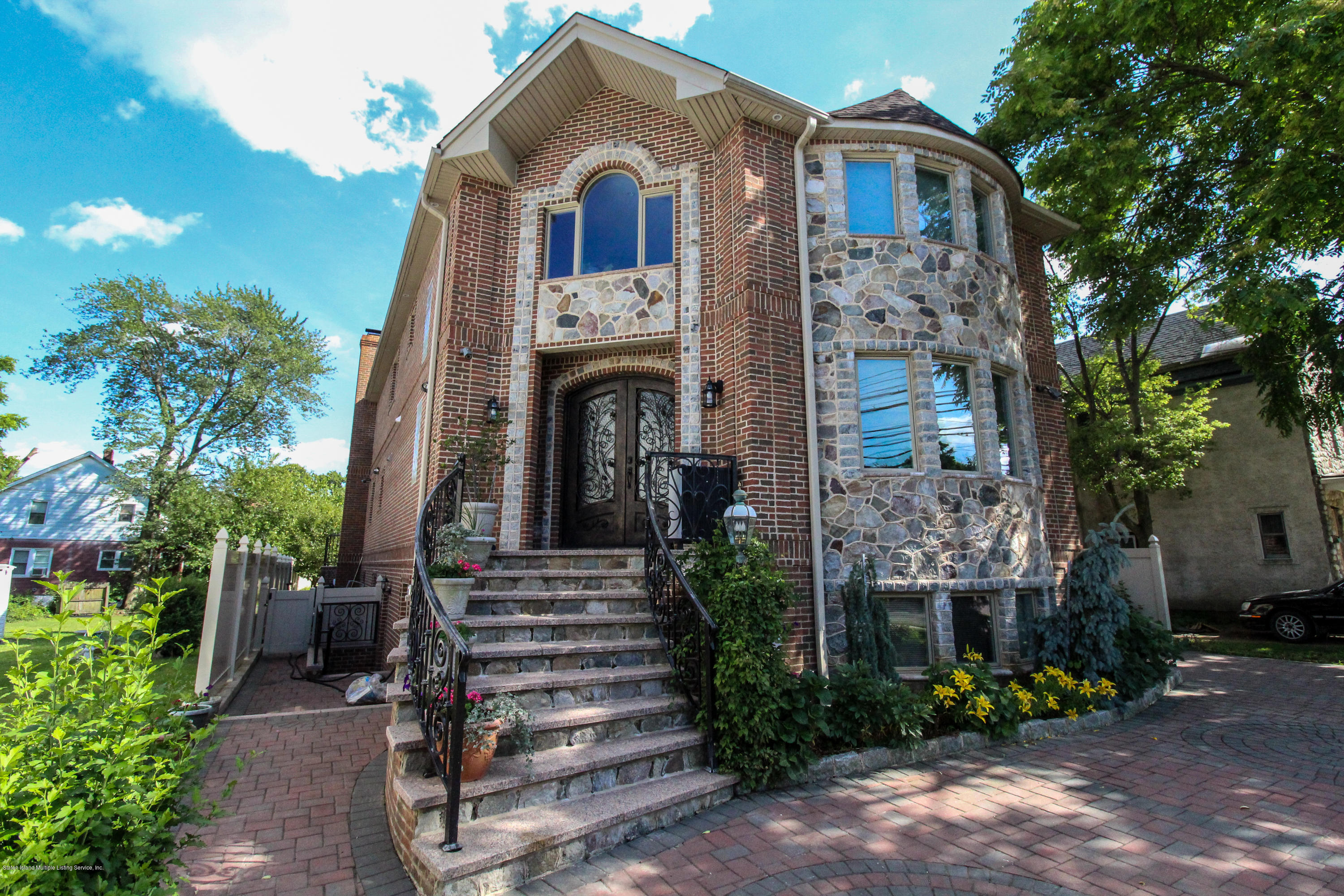 Single Family - Detached in Tottenville - 7188 Amboy Road  Staten Island, NY 10307
