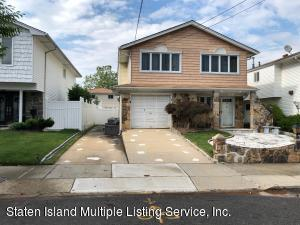 11 Berglund Ave, Staten Island, NY 10314