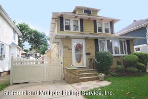 33 Coddington Avenue, Staten Island, NY 10306