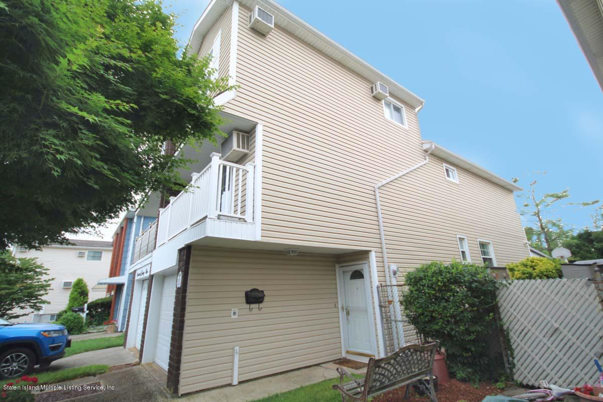 Single Family - Semi-Attached 1923 N Railroad Avenue  Staten Island, NY 10306, MLS-1130533-30
