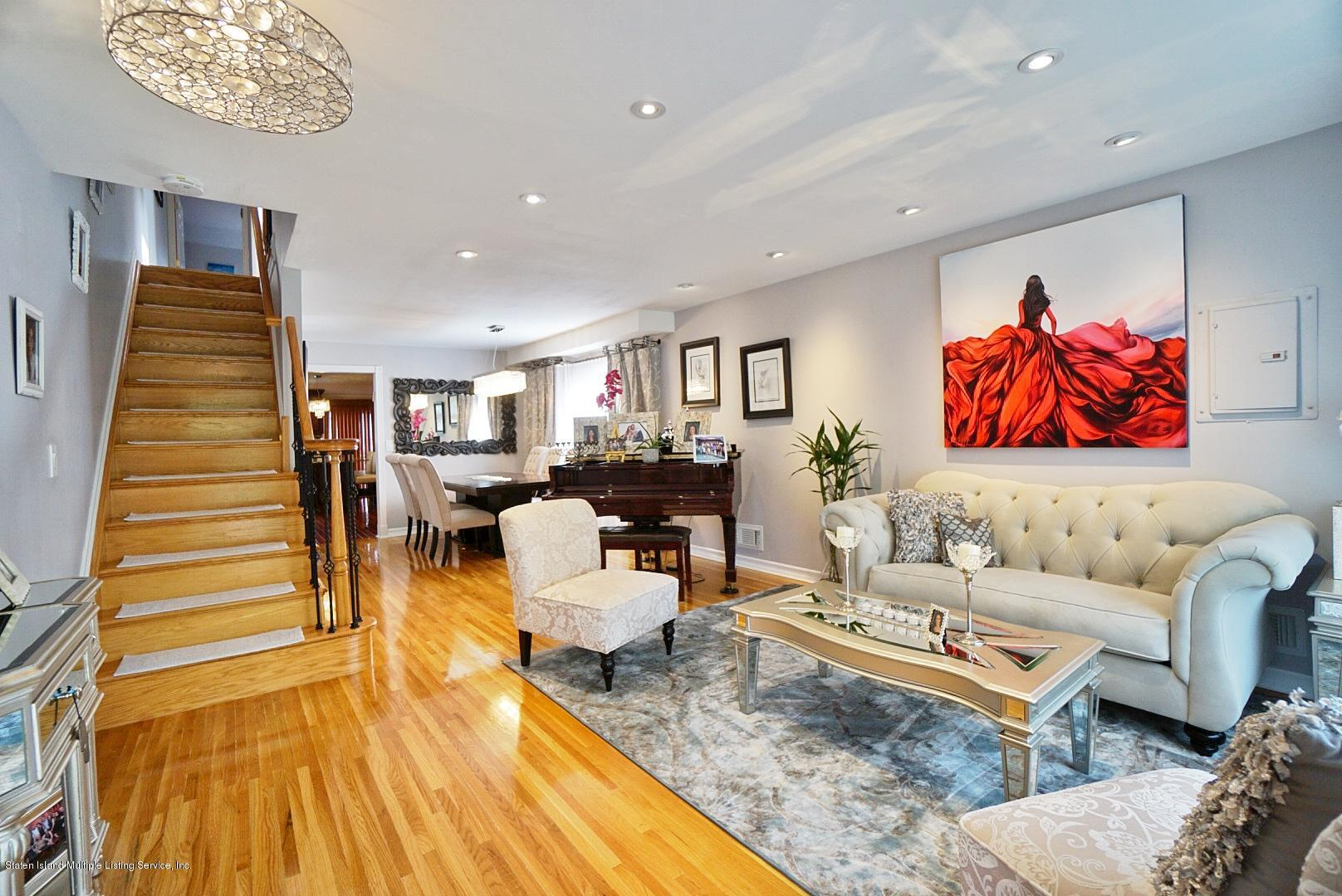 Single Family - Semi-Attached 3 Wilbur Street  Staten Island, NY 10309, MLS-1130491-2
