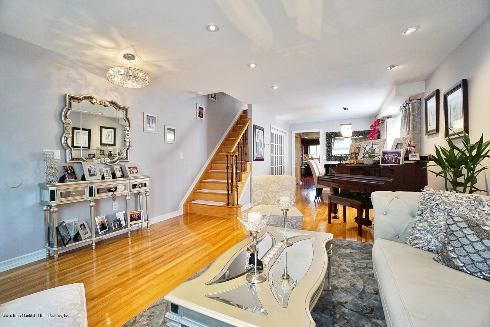 Single Family - Semi-Attached 3 Wilbur Street  Staten Island, NY 10309, MLS-1130491-3
