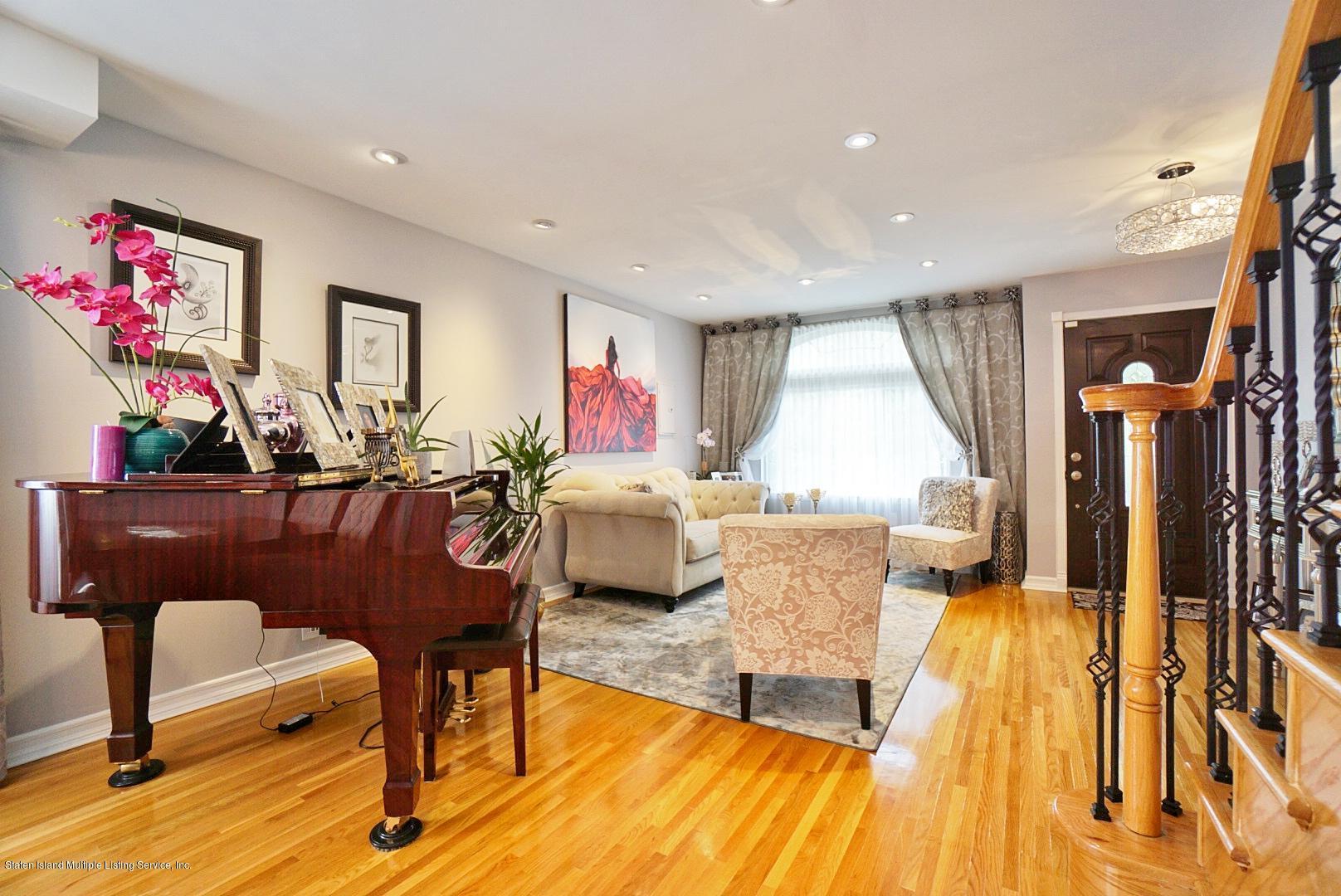 Single Family - Semi-Attached 3 Wilbur Street  Staten Island, NY 10309, MLS-1130491-4