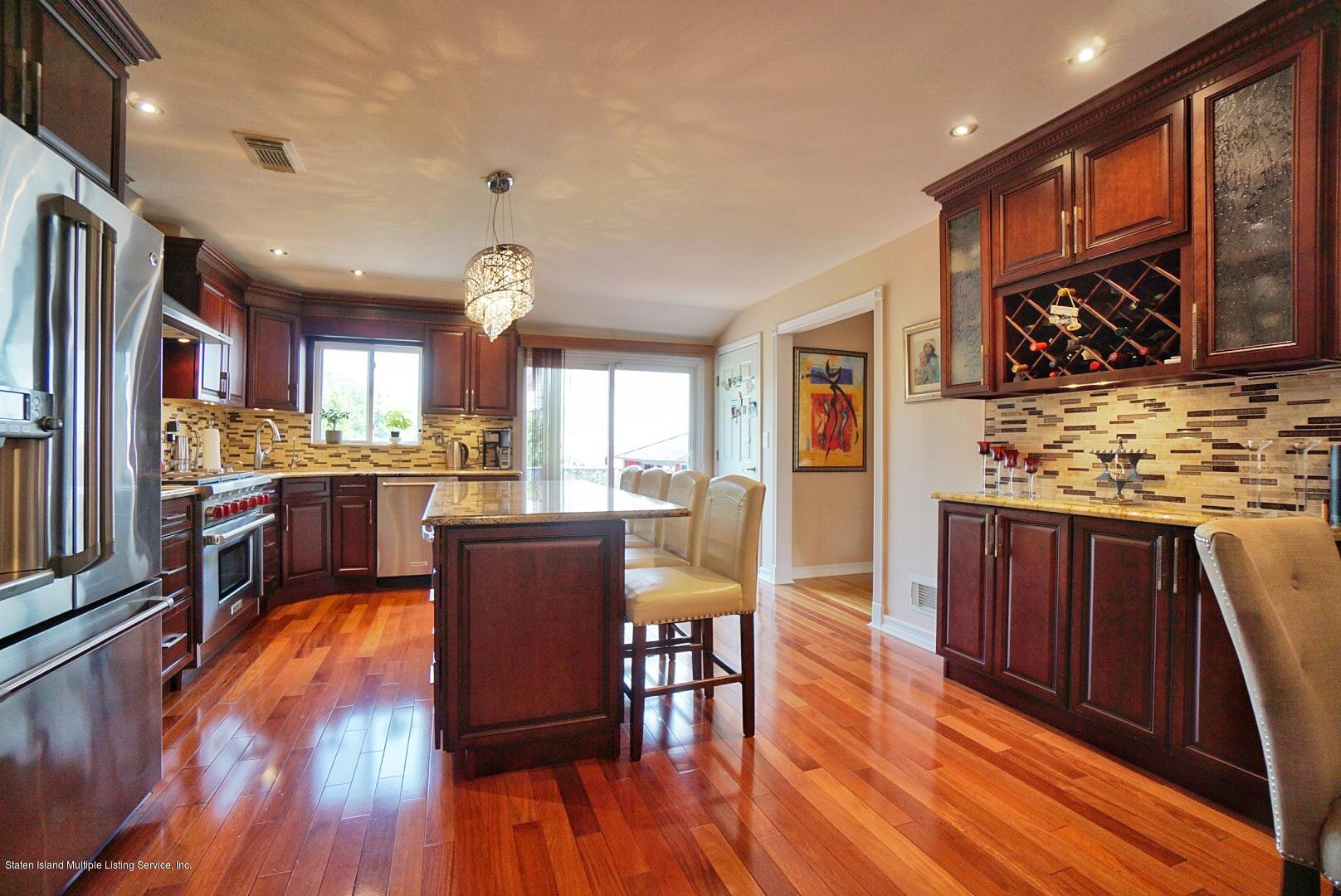 Single Family - Semi-Attached 3 Wilbur Street  Staten Island, NY 10309, MLS-1130491-21