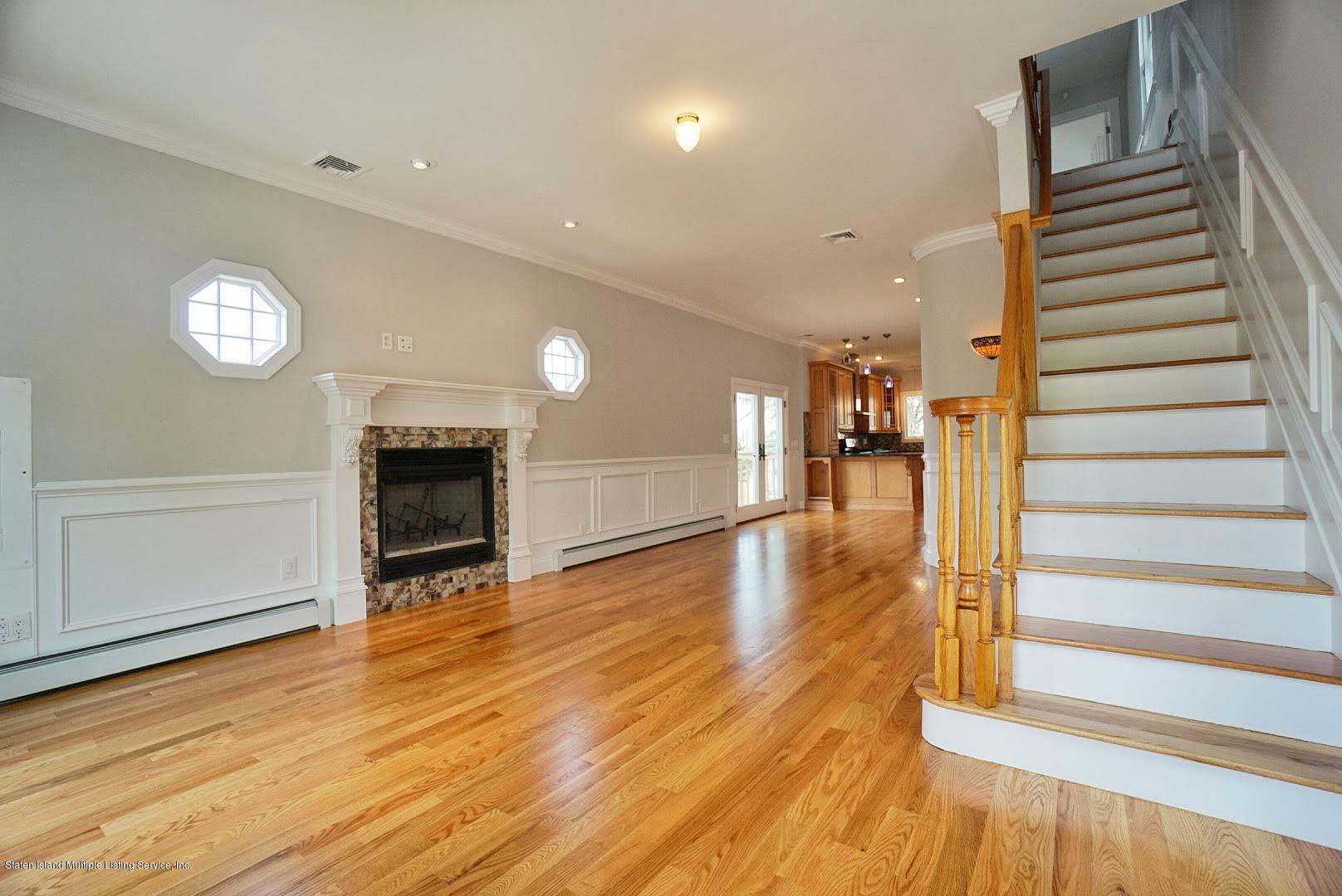 Single Family - Detached 445 Manhattan Street  Staten Island, NY 10307, MLS-1130505-4