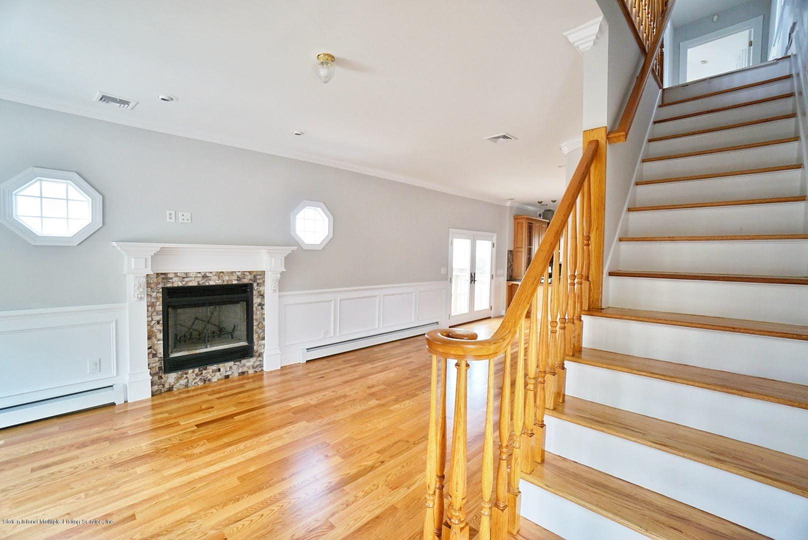 Single Family - Detached 445 Manhattan Street  Staten Island, NY 10307, MLS-1130505-20