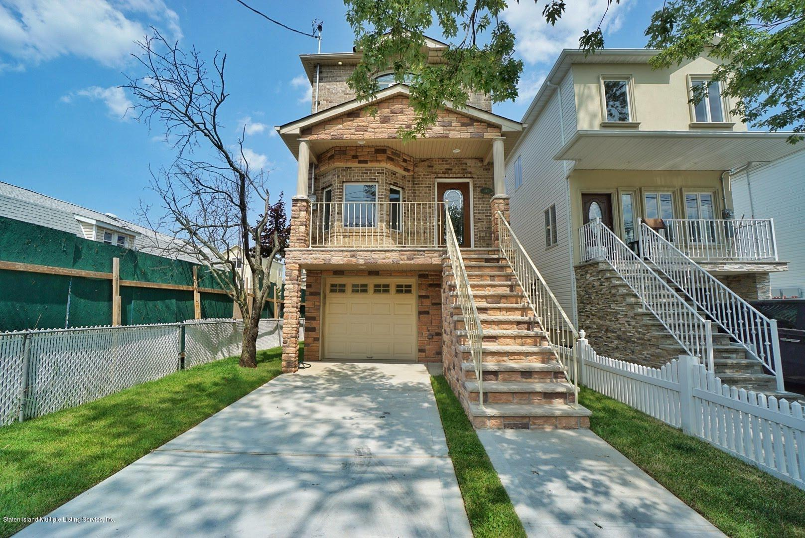 Single Family - Detached in Tottenville - 445 Manhattan Street  Staten Island, NY 10307