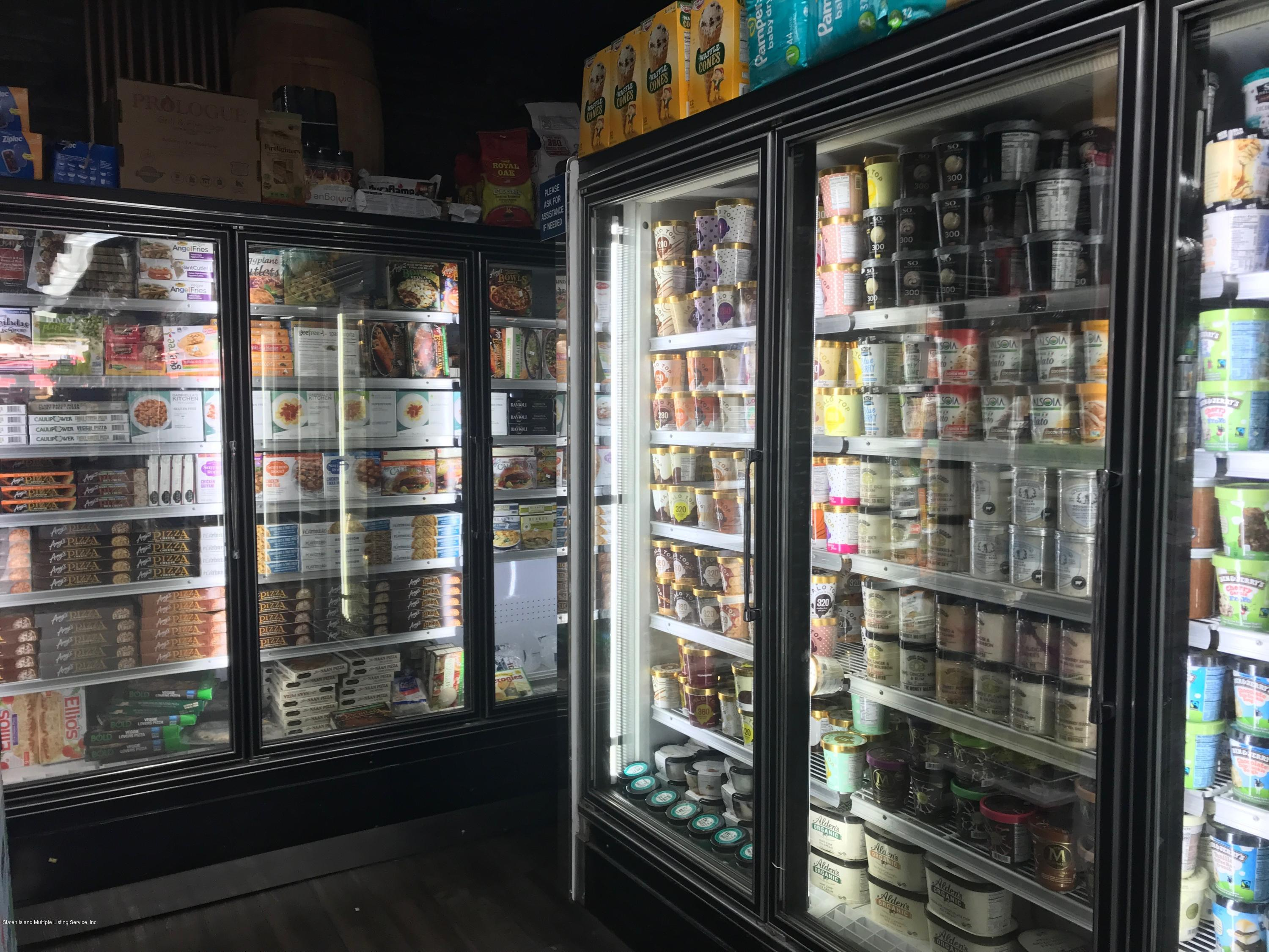 Food and Beverage in Park Slope - 493 5th Avenue, Brooklyn