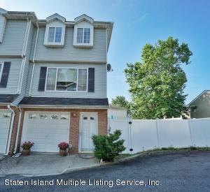 26 Michael Court, Staten Island, NY 10308