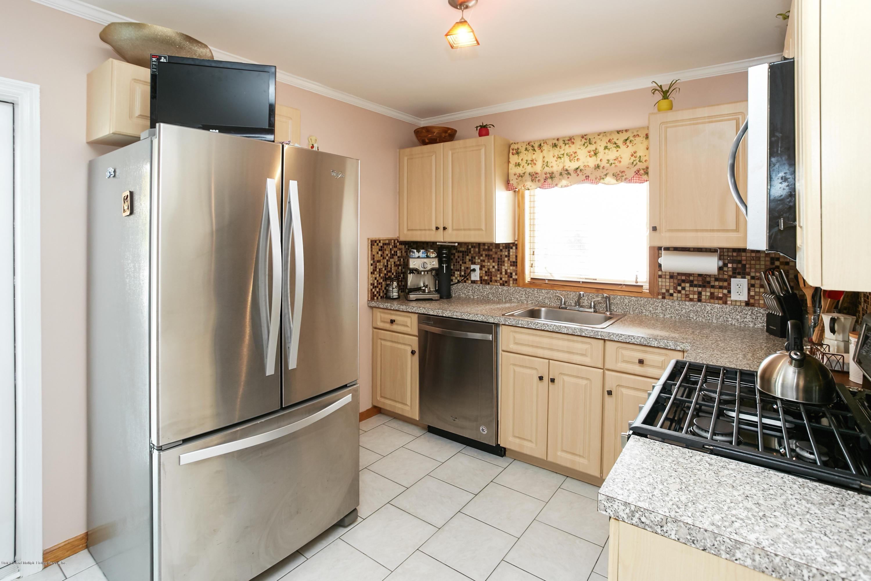 Single Family - Semi-Attached 235 Kiswick Street  Staten Island, NY 10306, MLS-1130540-8