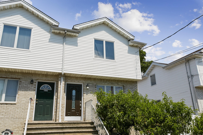 Single Family - Semi-Attached 235 Kiswick Street  Staten Island, NY 10306, MLS-1130540-21