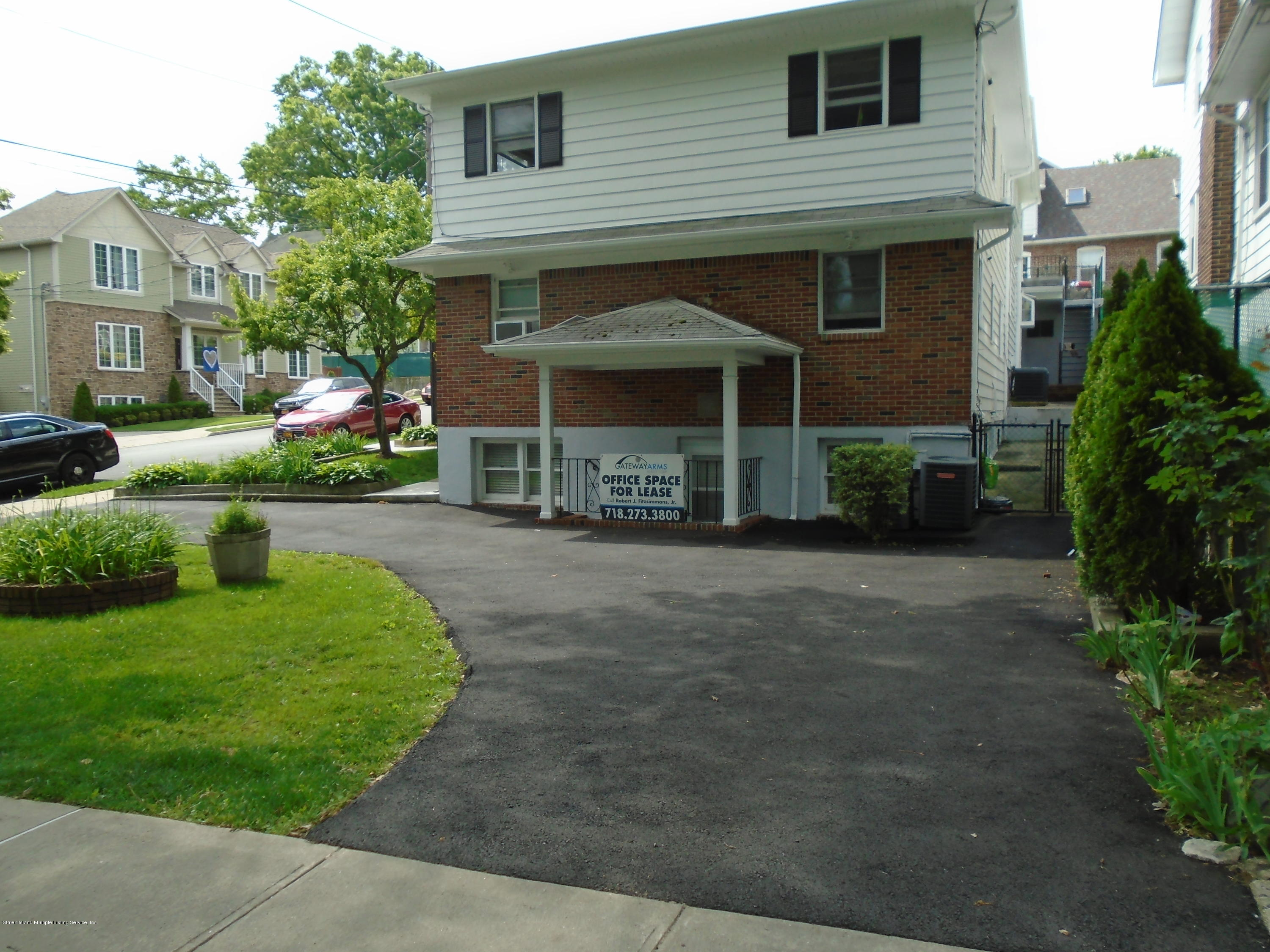 Two Family - Semi-Attached 4 University Place  Staten Island, NY 10301, MLS-1130572-16